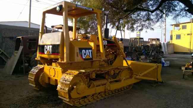 Caterpillar vendo tractor de oruga modelo D5B
