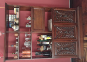 Aparador / bar tipo colonial de cedro.